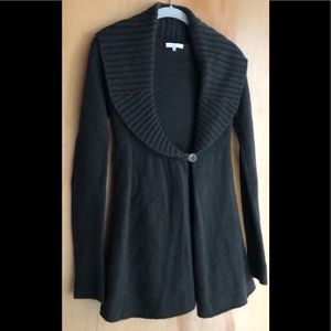 Vince olive green one button cardigan size XS